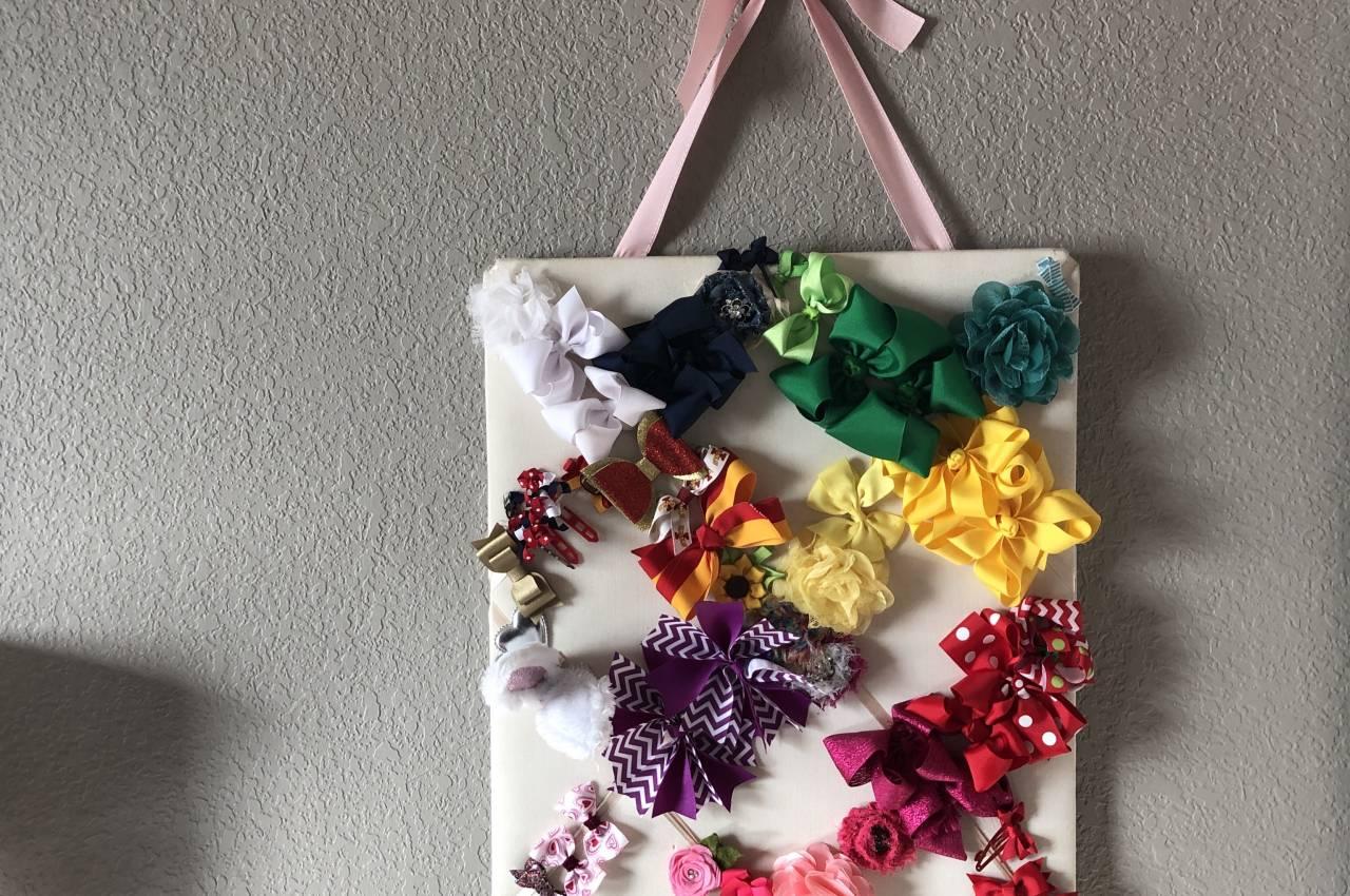 simple DIY hair bow holder idea