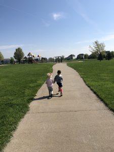 kids running to park