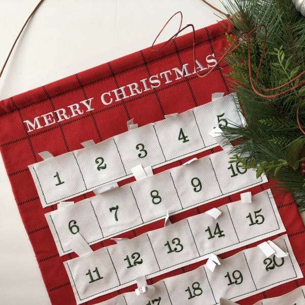 advent calendar with wreath
