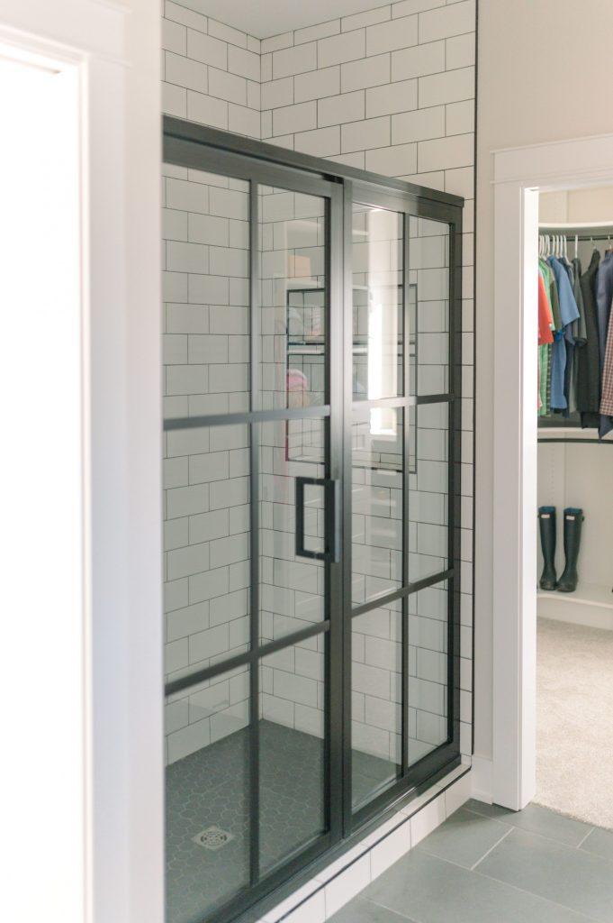 eliminate bathroom shower soap scum