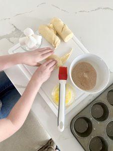 empty-tomb-resurrection-rolls-recipe-Easter-kids-activity
