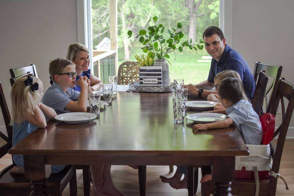 why meal plan 5 benefits to meal planning family dinners