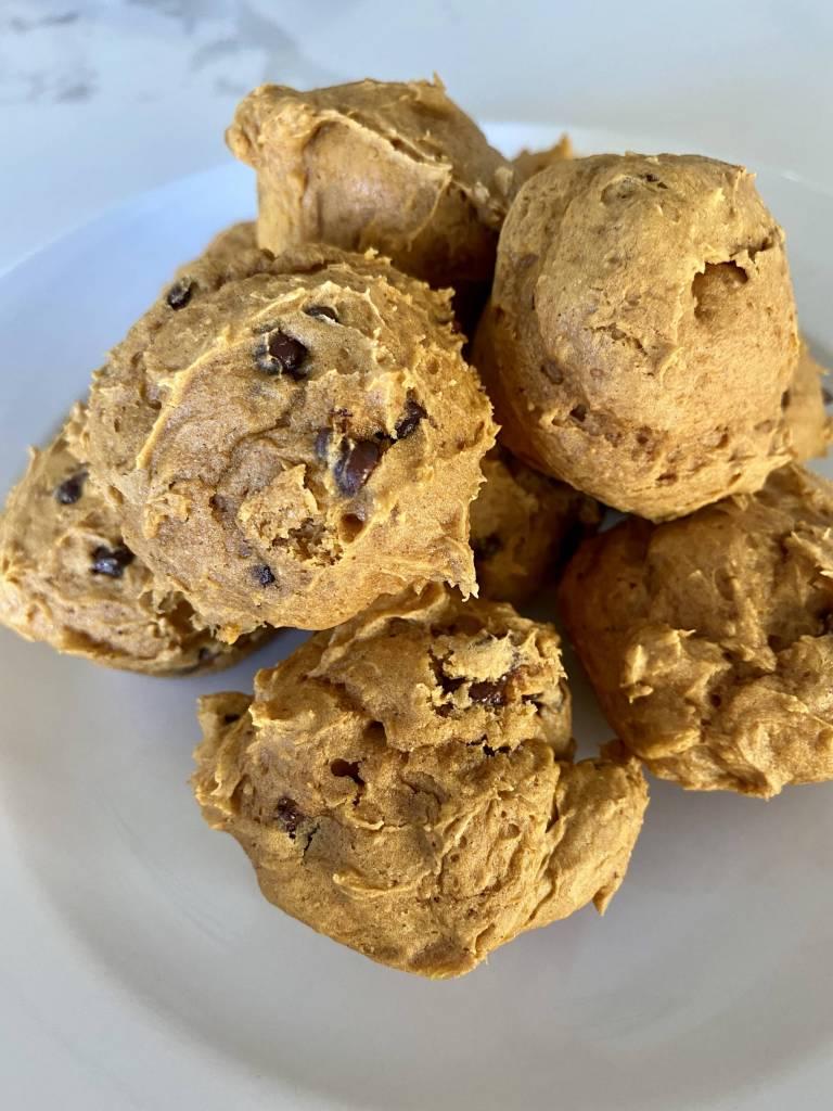 easy pumpkin chocolate chip mini muffin recipe